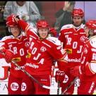 Första hockeymatchen för säsongen