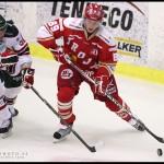 Ljungby 2012-01-06 Ishockey HockeyAllsvenskan IF Troja-Ljungby - Mora IK: Troja Ljungby forward 89 David Ņslin och Mora back 54 Dan Iliakis