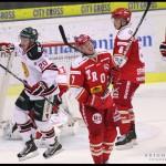 Ljungby 2012-01-06 Ishockey HockeyAllsvenskan IF Troja-Ljungby - Mora IK: Jubel hos Mora och depp för Troja och Troja Ljungby forward 7 Mattias Nilsson
