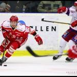 Troja_Huddinge_3-2_Mattias_Persson_dribblar_01