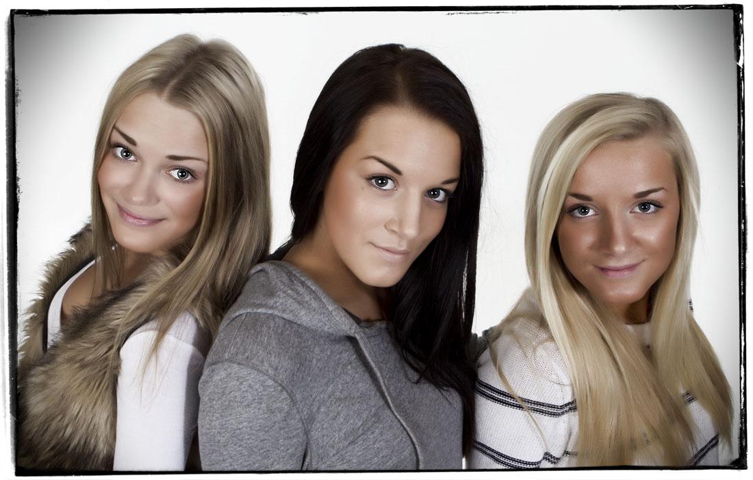 The girls - © Brightphoto 2012